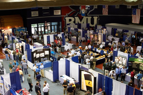 Showcase Your Business in a Large Exhibit Hall